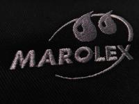 Haftowane logo firmy Marolex. Haft wykonany na czapkach baseball oraz koszulkach polo. Haftowane logo firmowe.  Logo z wyszywanym logiem firmy. Czapki bejsbolówki z własnym logo.