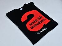 Koszulki dla Austriackiej sieci restauracji Akakiko. Sitodruk wykonany farbami plastizolowymi na t-shircie.