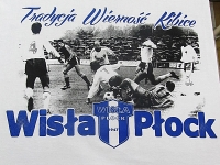 Koszulki z nadrukiem Wisła Płock - sitodruk w dwóch kolorach. Czarny kolor wykonany rastrem, niebieski z dodatkiem bazy 3d.