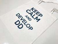 Torba z nadrukiem keep calm and Develop DD. Torby reklamowe z kolorowym logo. Torba bawełniana na zakupy z własnym logo.